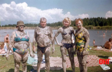 №34, Ошкина Светлана(вторая справа)